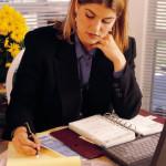 MO schreibende Frau